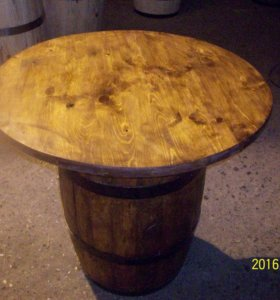 Дубовый стол из бочки