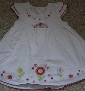 Платье,размер 6/9 месяцев.
