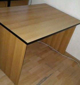 Стол письменный офисный с тумбой б/у