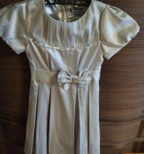 Платье праздничное, рост 140