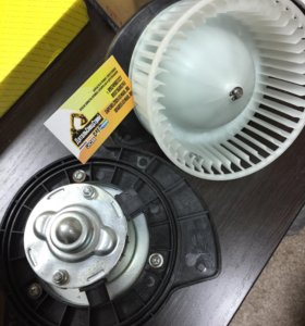 Мотор печки для Hitachi