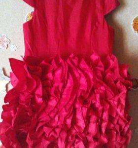 Красное платье девочке 134-140