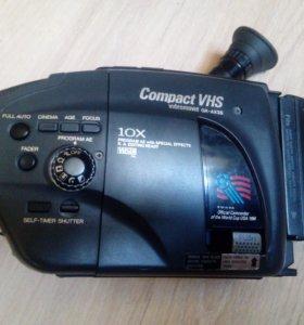 Японская видеокамера JVC