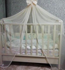 Кроватка.