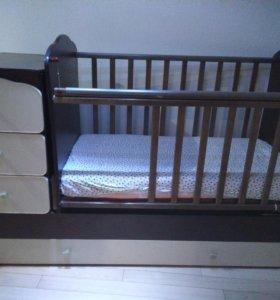 Срочно продам кровать.