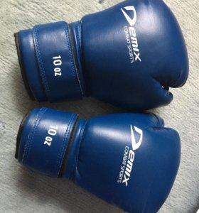 Боксерские перчатки Demix combat sports 10 oz