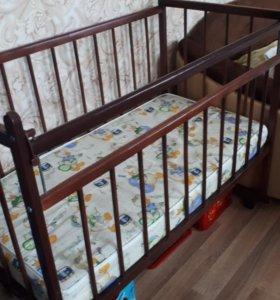Кроватка детская с 0+
