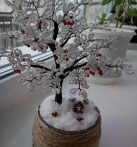 Зимняя рябина из бисера.