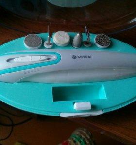 Набор для маникюра и педикюра Vitek VT-2212 G