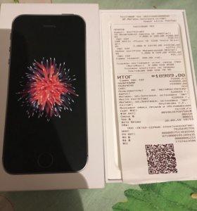 Айфон SE на 32 гб