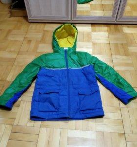 Куртка от бренда adidas