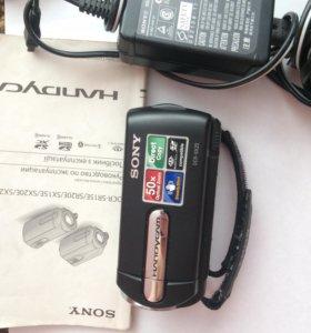 Продам видеокамеру sony DCR- SX 20