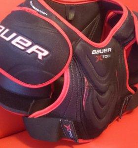Нагрудник хоккейный Bauer Vapor X700 Jr