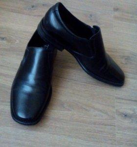 Туфли мужские. Кожаные.
