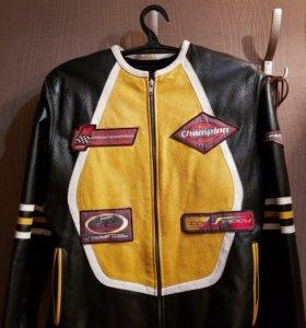 Кожаная куртка для байкеров 😎