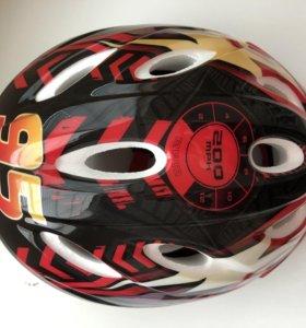 Шлем защитный для мальчика «Тачки»