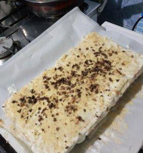 Торт сметанный с брусникой 2 кг