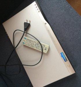DVD с функцией караоке+ диск+ 2 микрофона bbk