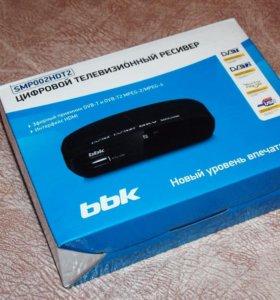 Приёмник цифрового тв dvbt2 BBK SMP001HDT2