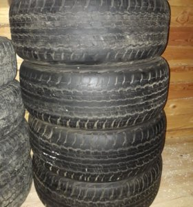 Комплект б/у шин (4 шт.) Dunlop AT22 Grantrek