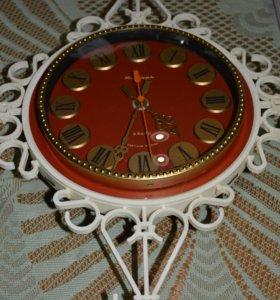 настенные часы Янтарь, СССР