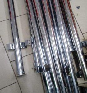 Хромированные трубы с крепежами