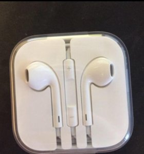 EarPods (iPhone Наушники)