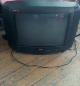 Телевизор1500 двд500