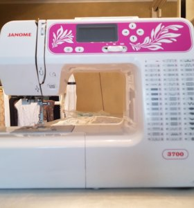 Швейная машинка Janome 3700