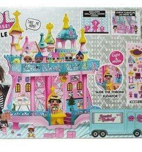 Большой замок с куклами лол