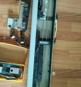 Вязальная машинка Нева-4-1.