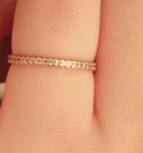 Продам золотое кольцо