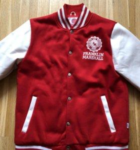 Лёгкая спортивная куртка