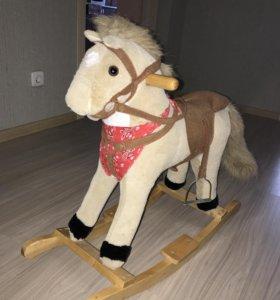 Лошадь детская (качалка)