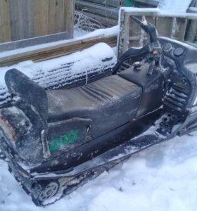 Продам снегоход Линкс