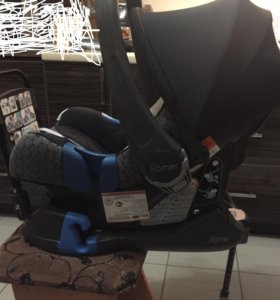 Автокресло Romer Baby-Safe plus II + Isofix Base