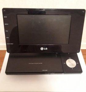 Портативный DVD-проигрыватель LG