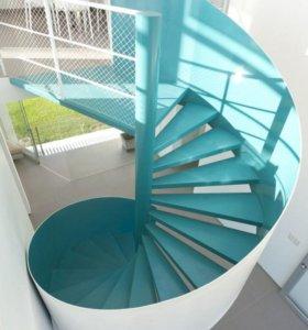 лестница винтовая новая