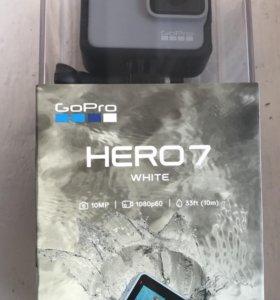 Экшн-камера GoPro HERO 7 White Edition (CHDHB-601)