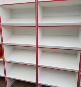 Шкаф с наклонными полками