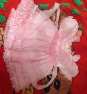 Красивое Детское платье возраст 1-2 года.