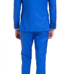 Костюм Cacharel голубой размер 50