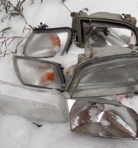Фары с повторителями (оригинал) Тойота Карина-Е190