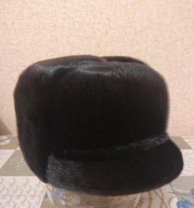 Зимняя шапка на мужчину