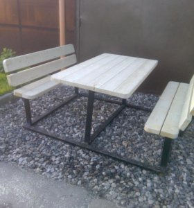 Стол в сад