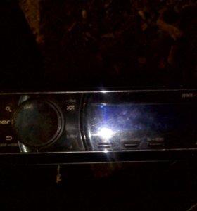 Продам магнитолу Pioneer DEH-7200SD