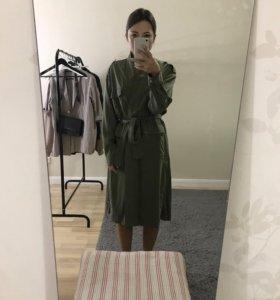 Платье халат милитари Mango