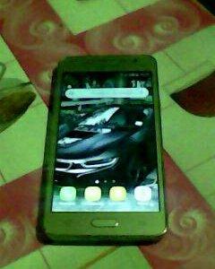 Телефон Самсунг гелекси j2 prime