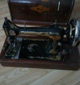 Машинка швейная SINGER
