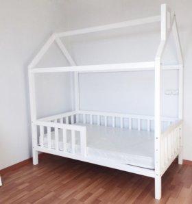 кровать домик(детская)